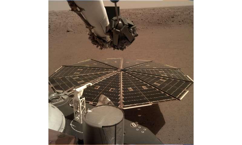 InSight lander 'hears' Martian winds
