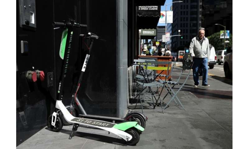 Lime and other private operators of new transport-sharing solutions are looking to capitalise on the problems with Velib' and Au