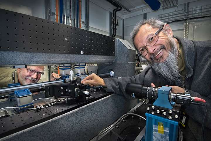 Making X-ray microscopy 10 times faster