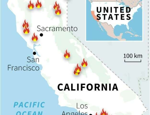 Map of the US state of California locating sites of major forest fires on July 29