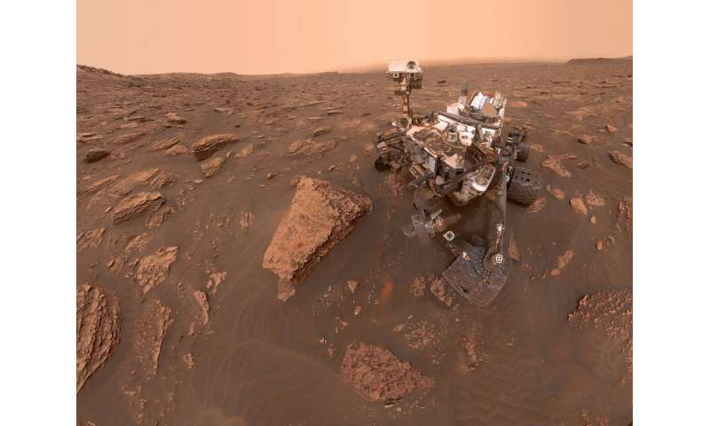Martian dust storm grows global; Curiosity captures photos of thickening haze