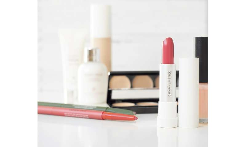 Mixed chemicals in beauty products may harm women's hormones