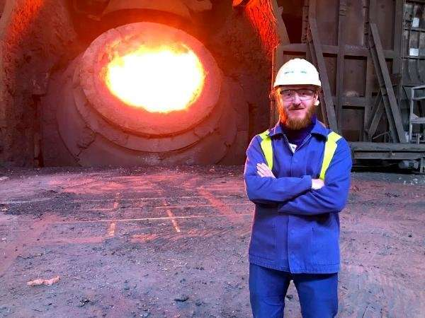 Monitoring molten steel by laser – steel experts' invention could save industry millions