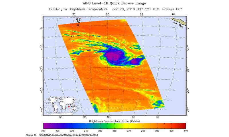 NASA sees powerful storms around Cebile's Eye