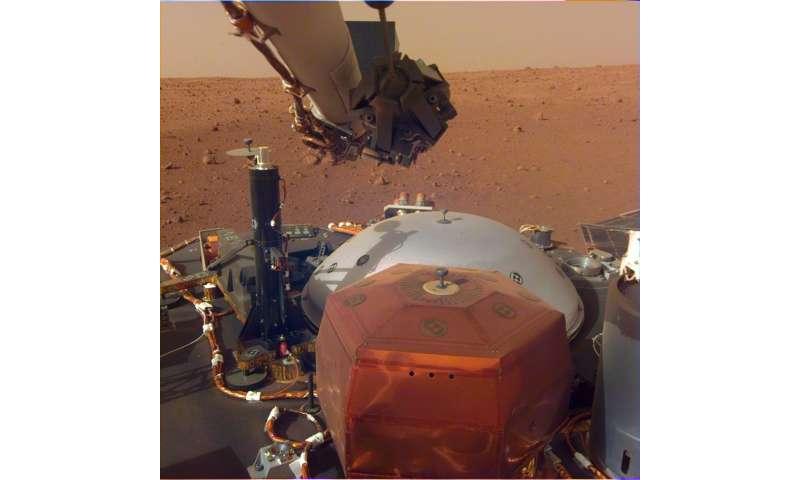 NASA's Mars InSight Flexes Its Arm