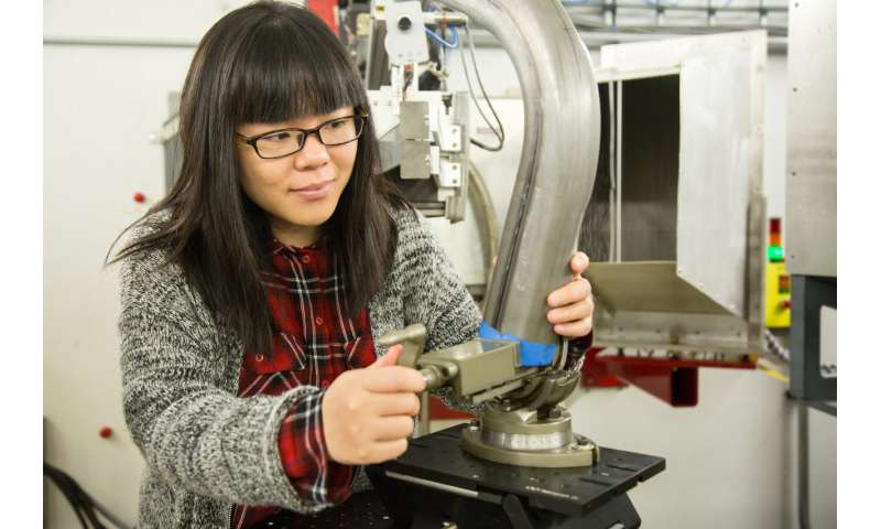 Neutrons analyze advanced high-strength steels to improve vehicle safety and efficiency