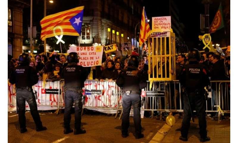 Pro-independence protesters gathered in Barcelona to protest against a visit by Spain's king to the ceremony inaugurating Mobile