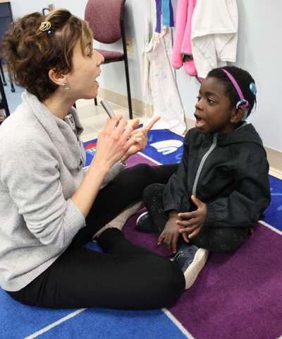 Remote microphone system helps increase vocabulary of children with hearing loss
