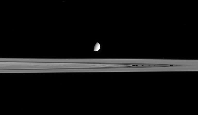 Saturn's moon, the icy orb known as Enceladus, may boast ideal living conditions for single-celled microorganisms known as archa