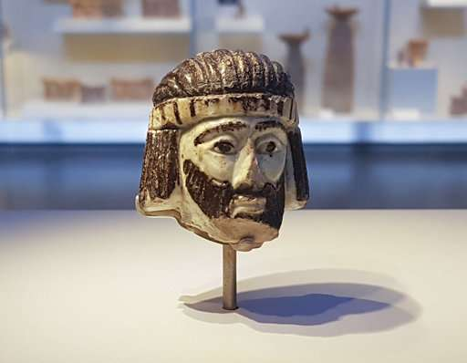 Sculpted head of mystery biblical king found in Israel