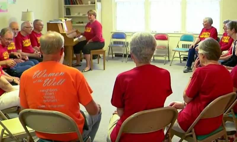 Singing may reduce stress, improve motor function for people with Parkinson's disease