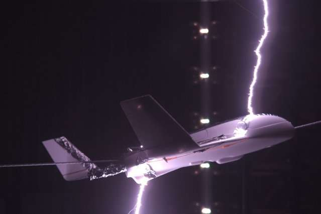 Study shows electrically charging planes have reduced risk of being struck by lightning