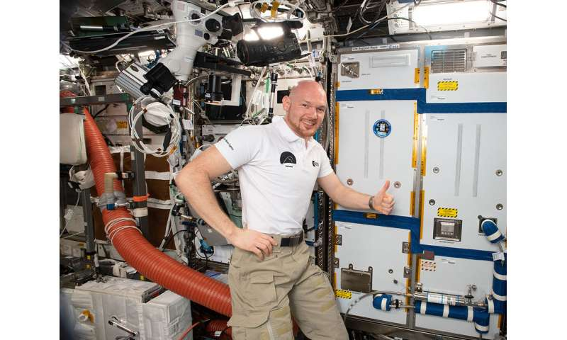 System to rid space station of astronaut exhalations inspires Earth-based CO2 removal