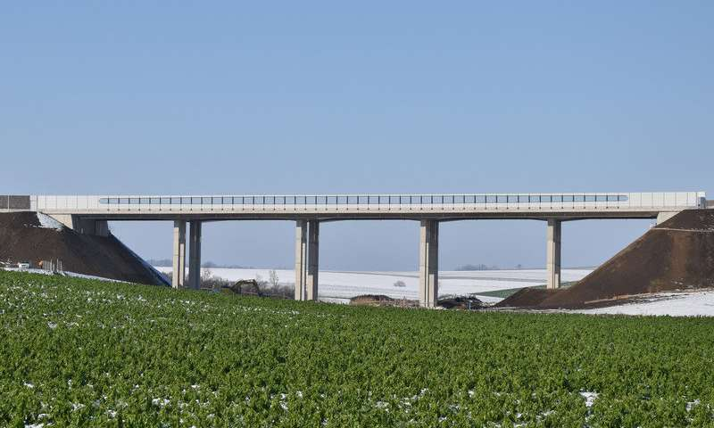 Technology to improve the resilience of bridges