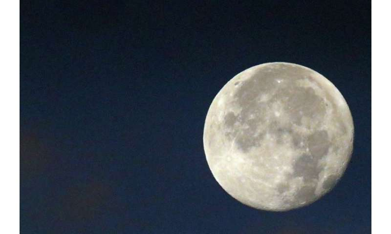 That's no moon... China is planning to replace streetlamps with light from an 'artificial' moon