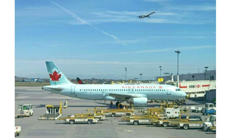 The Air Canada Airbus A320 was cleared to land on Runway 28-Right at San Francisco International Airport shortly before midnight