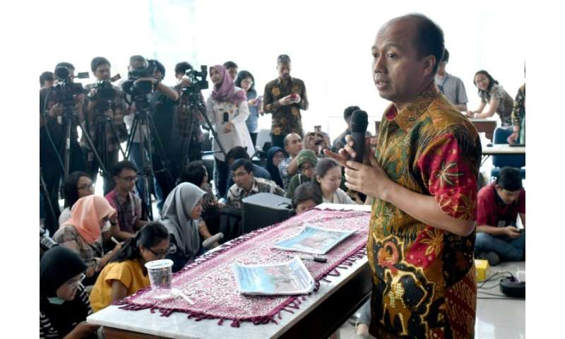 The disaster agency's efforts are being fronted by spokesman Sutopo Purwo Nugroho, who has won admirers for battling to update j