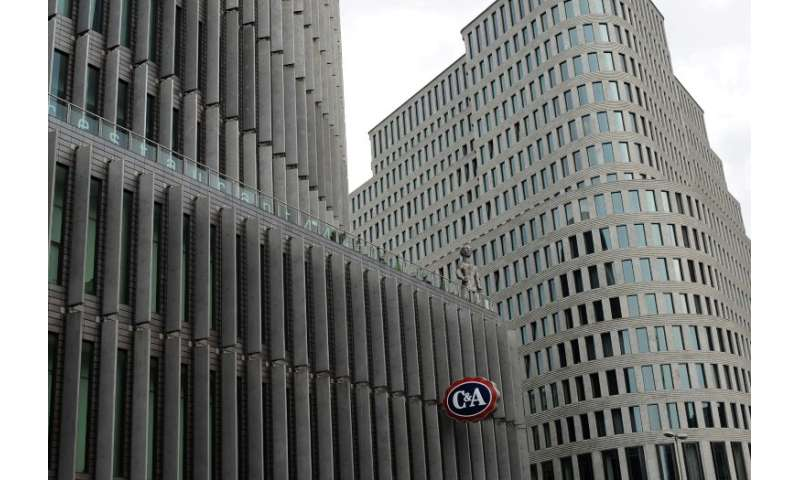 The Dutch clothing retailer C&A declined to confirm or deny if they are selling the fashion chain to Chinese investors
