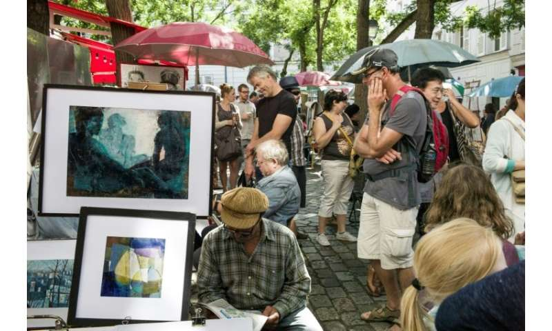 These days, artists fight tooth and nail for a tiny space in the crowded main square at the top of Montmartre