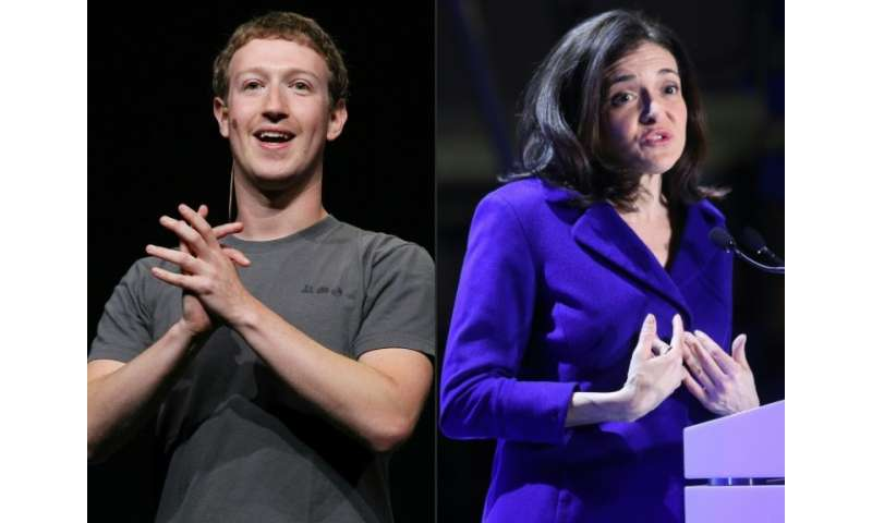 This combination of file pictures created on March 30, 2018 shows(L)Facebook CEO Mark Zuckerberg delivering a keynote address du
