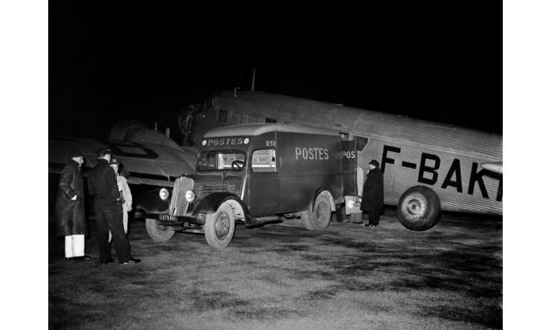This Junkers 52 postal aircraft, registered F-BAKK, flew the first night postal service in November 1946
