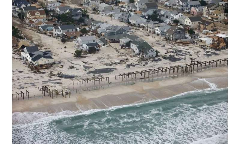 To save coastal property from rising seas, we need collaborative planning