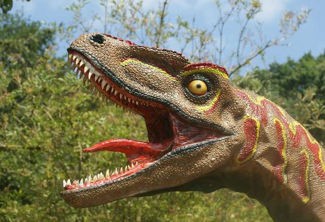 T. Rex couldn't stick out its tongue, new research shows