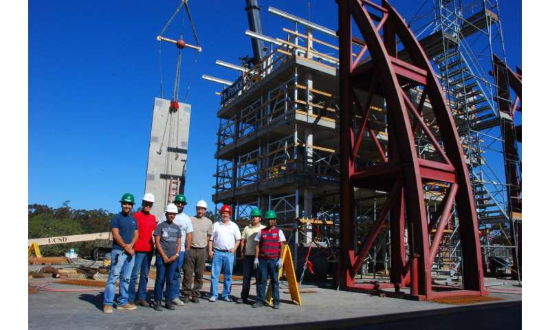 UA earthquake engineers conduct NSF-funded research on steel collectors