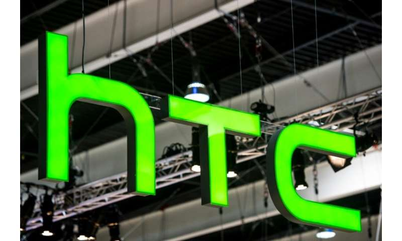 Taiwan smartphone maker HTC to lay off 1,500 workers