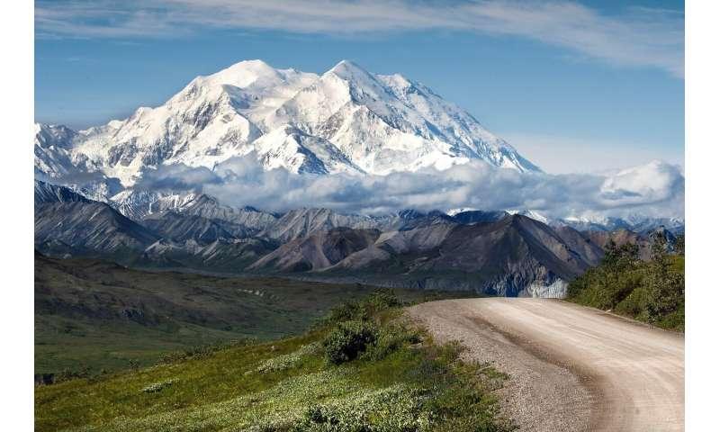 Feds finalize plan to open Alaska's Arctic National Wildlife Refuge to oil drilling
