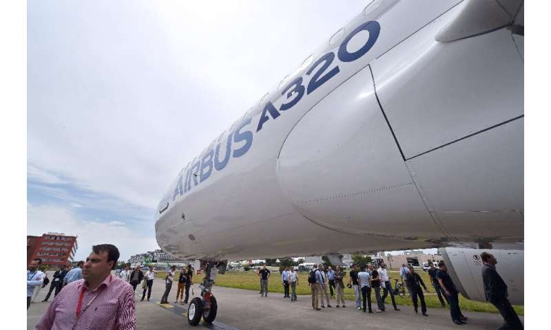 A strong start at the Paris show for Airbus and its A320neo