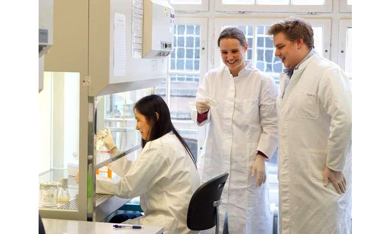 Cell editors correct genetic errors