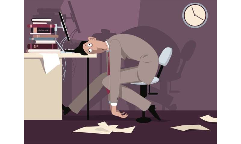 Emails outside working hours: are they against employment law?