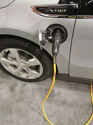 Ground-breaking electric Chevrolet Volt runs out of juice