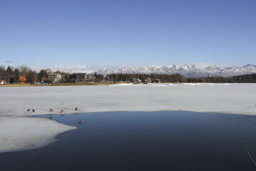 High March temperatures shortened Alaska's winter weather