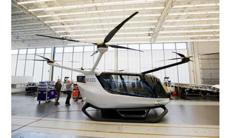 Hydrogen-power electric flying vehicle: Long road to liftoff