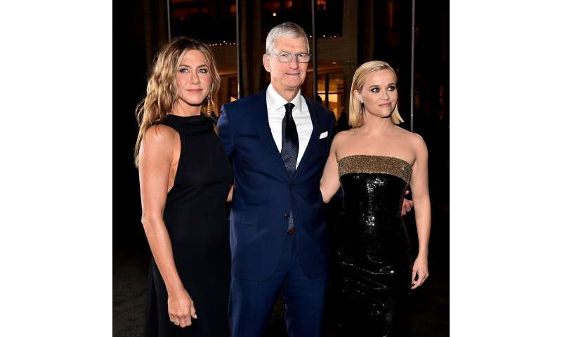 "Jennifer Aniston, Apple CEO Tim Cook and Reese Witherspoon attend Apple TV+'s ""The Morning Show"" world premiere"