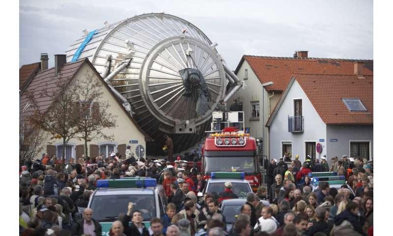 KATRIN divides the mass estimate for the elusive neutrino into two halves