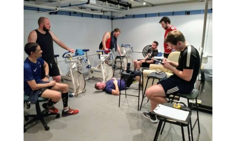 Marathon des Sables: how we rapidly acclimatised five runners for the gruelling race