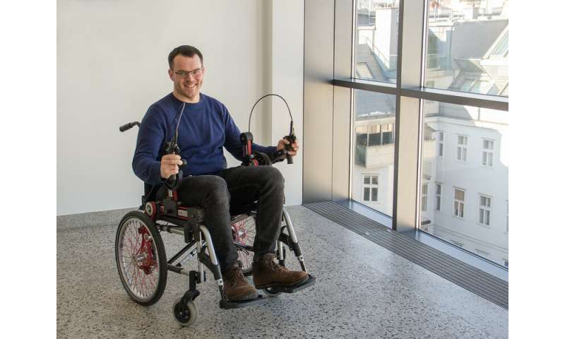 New wheelchair design—a hand gear for better ergonomics