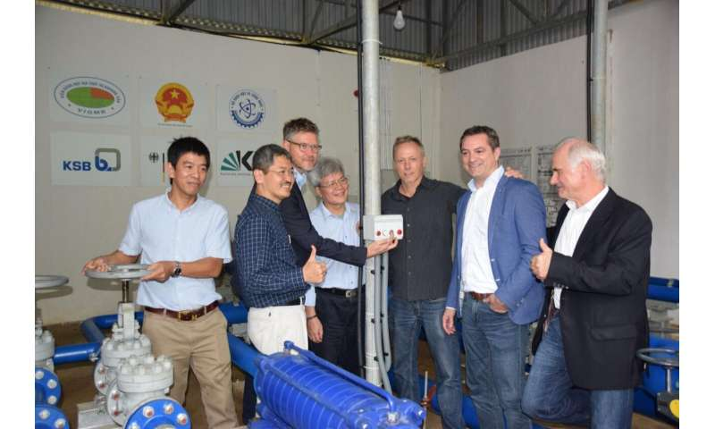 Pilot plant in Vietnam: Water for 10,000 people