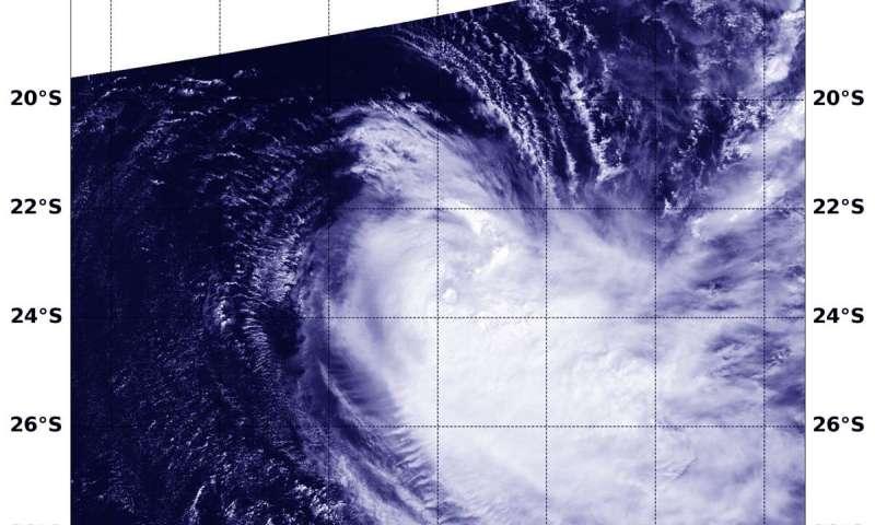 Satellite finds Tropical Cyclone Joaninha slammed by wind shear