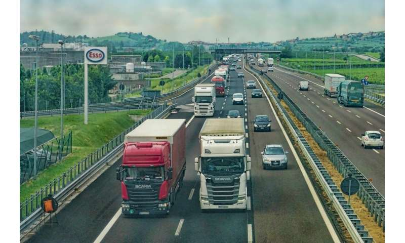 Self-driving trucks are cruising down I-45 between Dallas