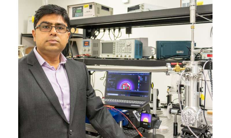 UCF researchers work to create infrared detectors for viper-like night vision