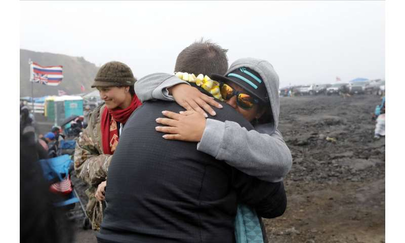 Protests spread as activists fight telescope in Hawaii