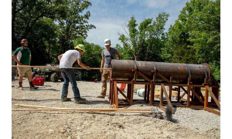 Researchers build cannon to test seals in coal mines
