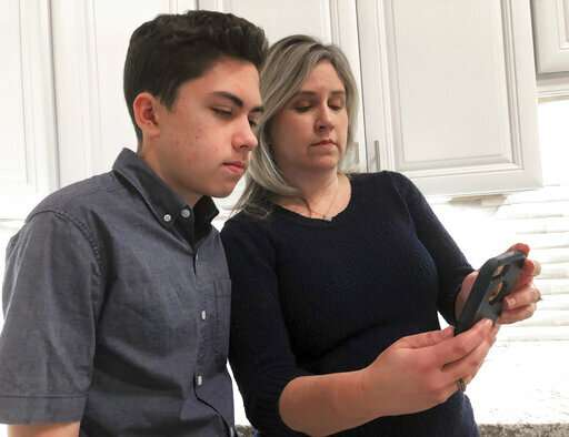 14-year-old's FaceTime bug discovery could rattle Apple