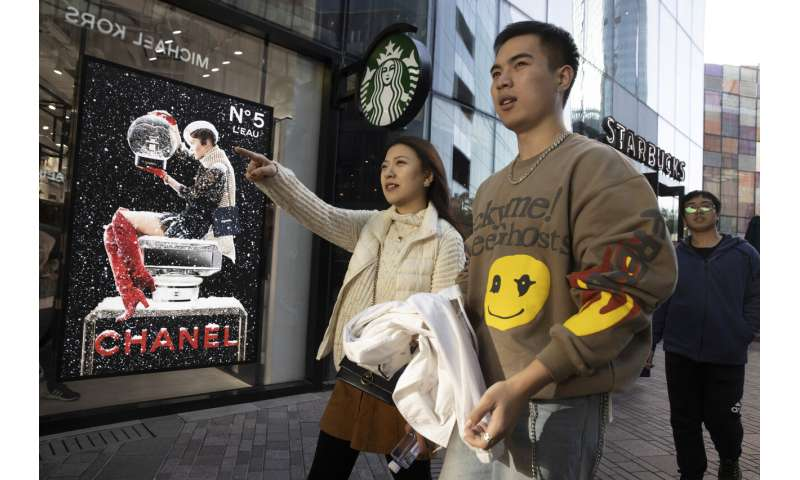 Chinese e-commerce giants report booming Singles Day sales