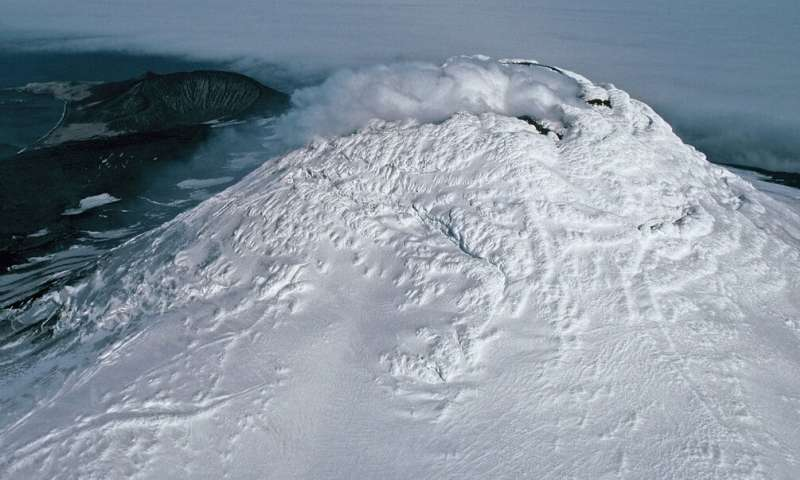 Discovery of rare lava lake on remote sub-Antarctic island