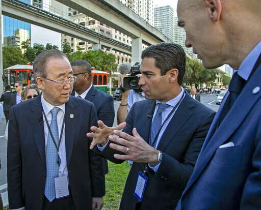 Former UN leader tours climate adaptation projects in Miami